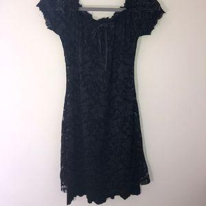 Dresses & Skirts - Black lace dress